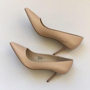 Never Worn Madden Girl Blush/ Nude High Heel Pumps
